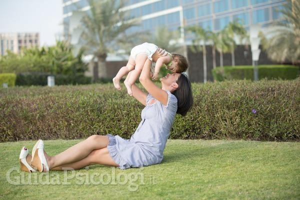 L'amore materno influenza lo sviluppo del cervello del bambino