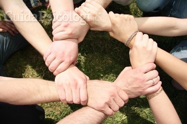Terapia di gruppo: tipologie, funzionamento e benefici