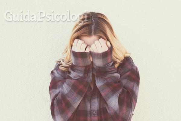 Timido, introverso e ansioso: quali differenze?