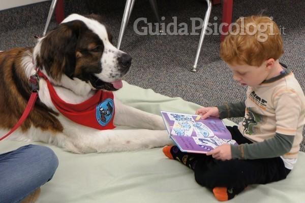 Lettura a quattro zampe: come la Pet Therapy sviluppa e migliora le abilità di lettura