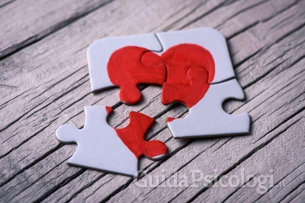 Cos'è l'infedeltà emotiva?