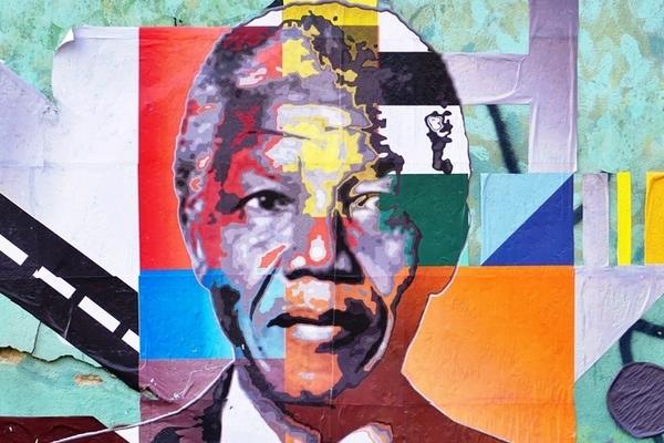 L'effetto Mandela e la teoria dei falsi ricordi