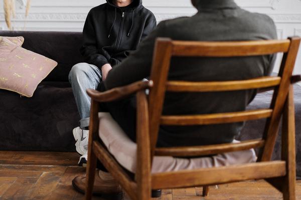 Il primo incontro con lo psicologo: cosa aspettarsi?