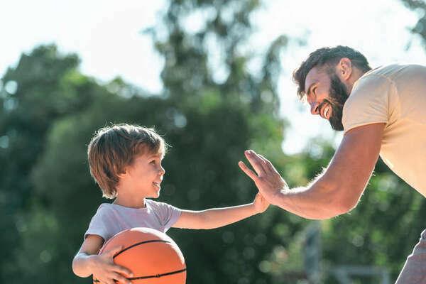 Sport e Psico-Educazione: un passaggio tra generazioni
