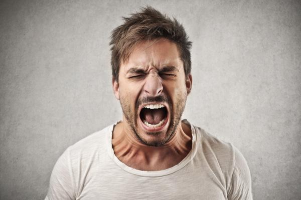 10 caratteristiche delle persone (emotivamente) immature