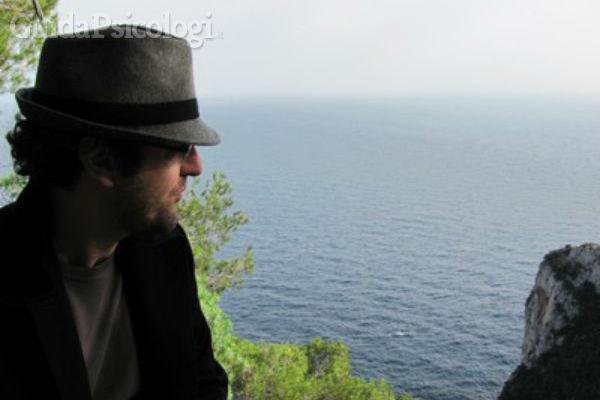 Dottor Vito Lupo, psicologo e psicoterapeuta a Battipaglia, Salerno.