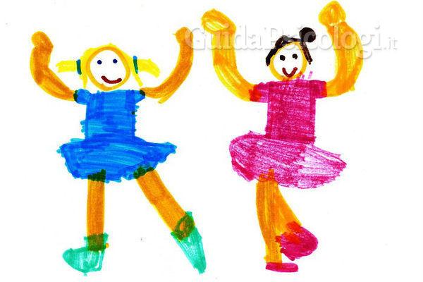 I disegni dei bambini indicano la loro intelligenza nell'adolescenza